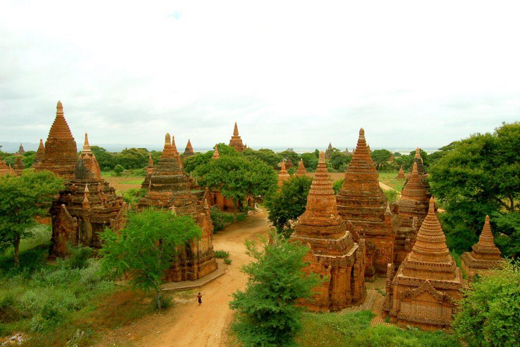 old-bagan-temples