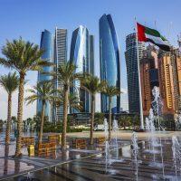 Se confier à une agence de voyage pendant la découverte des Émirats Arabes Unis