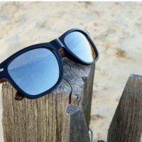 Comment choisir ses lunettes en bois pour partir en vacances ?